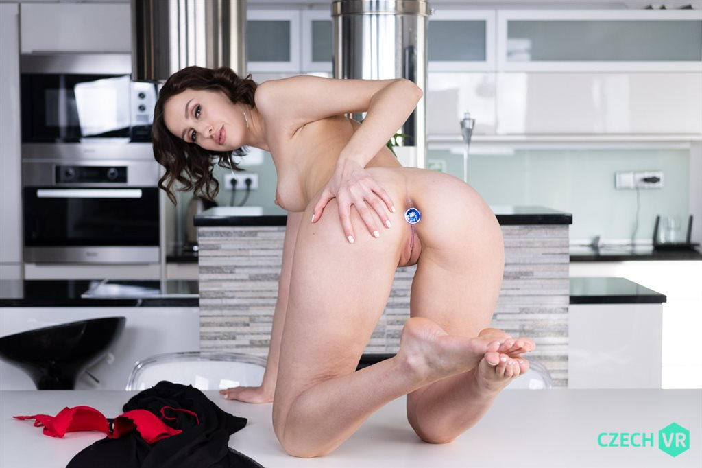 Czech VR 338 - Pumping Tight Ass Jessika Night