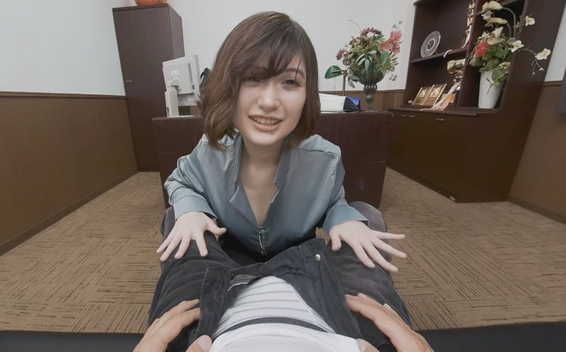 Slutty New Boss Encourages Her Employee With A Different Way Sari Kawai