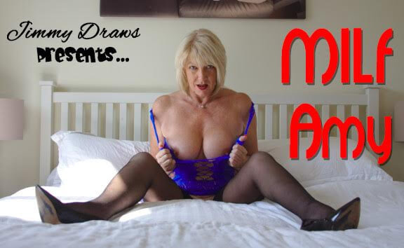 UK Milf Amy Pleasures Herself Amy Goodhead