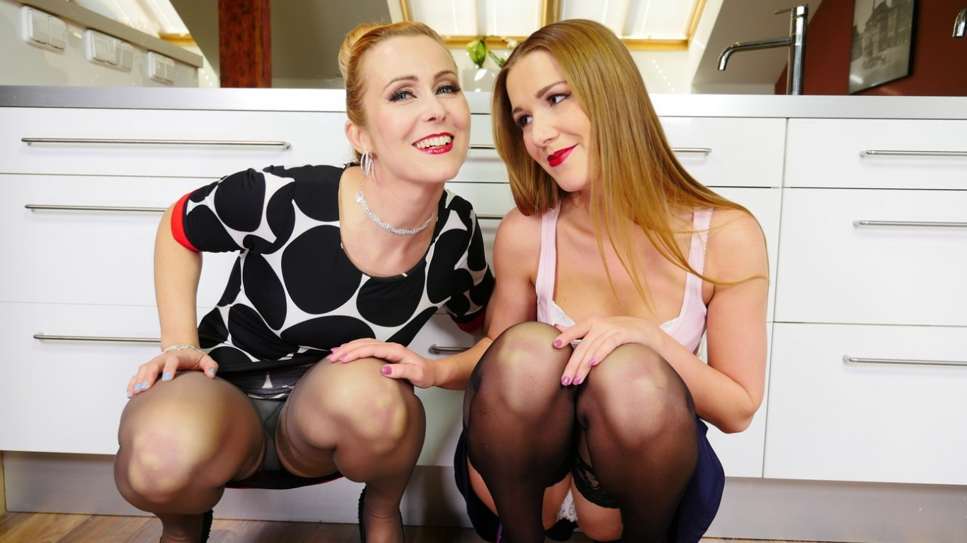 Objects Of Desire - Lesbians in Stockings and Heels Nikky Dream, Mandy Paradise
