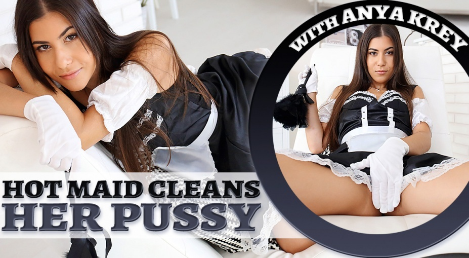 Hot Maid Cleans Her Pussy Anya Krey