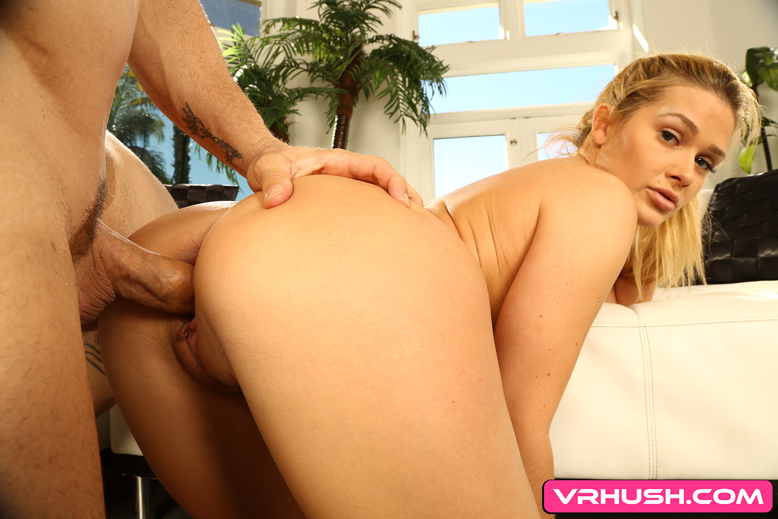 Help Stretch Out Abby Cross (Voyeur) - Blonde Yoga Porn Abby Cross