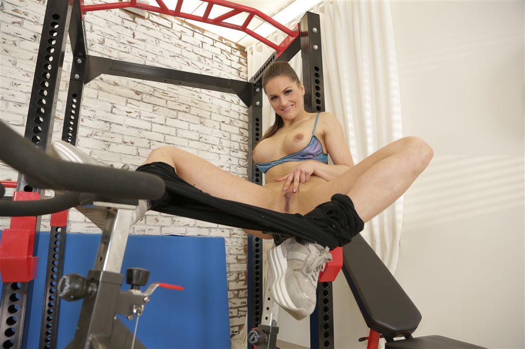 Barbara Bieber Masturbates in Fitness Centre Barbara Bieber