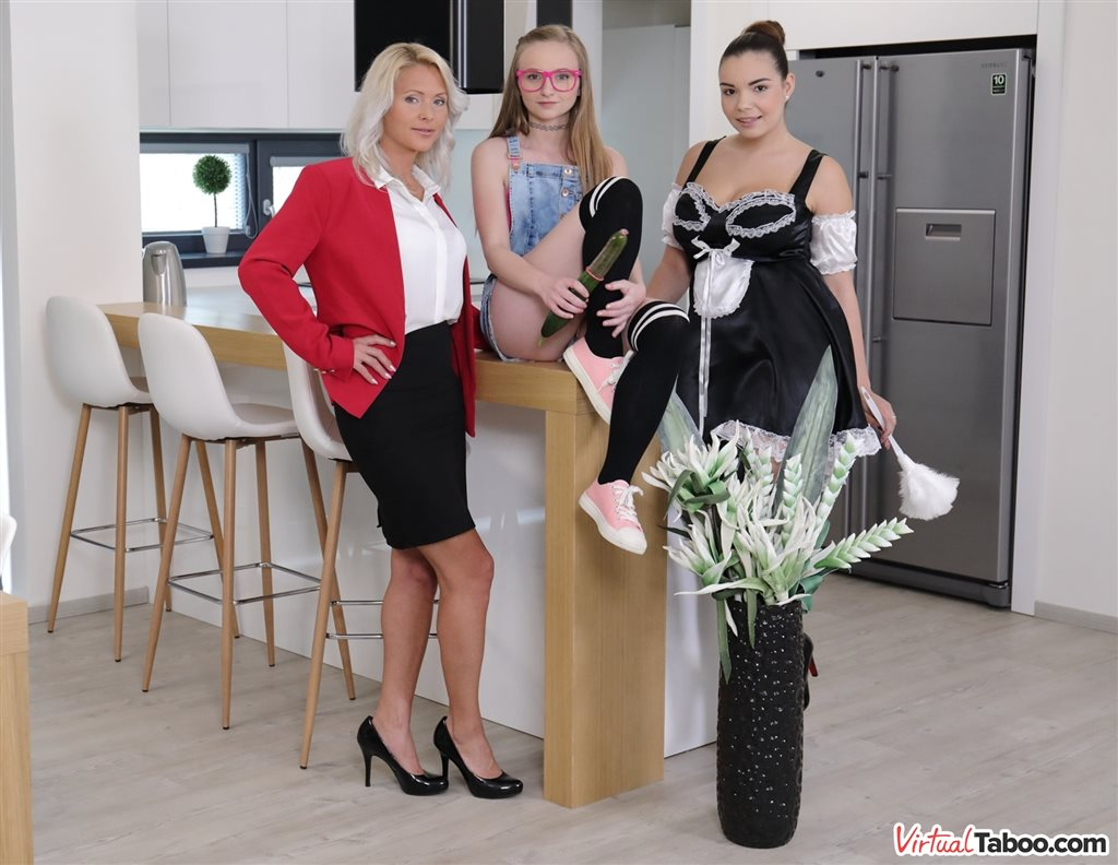 Family Cleaner Got Her Yearly Bonus Kathy Anderson, Lady Bug, Sofia Lee