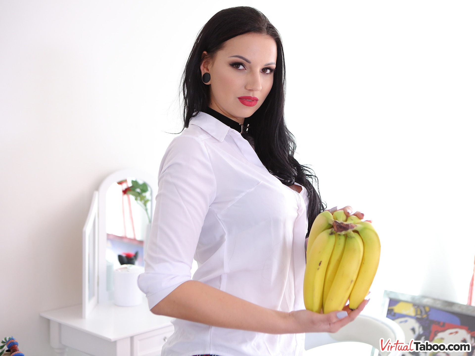 How We Shot Banana Challenge Jolee Love