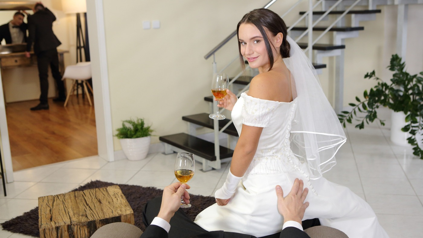 Wedding Tips From Daddy Lana Roy