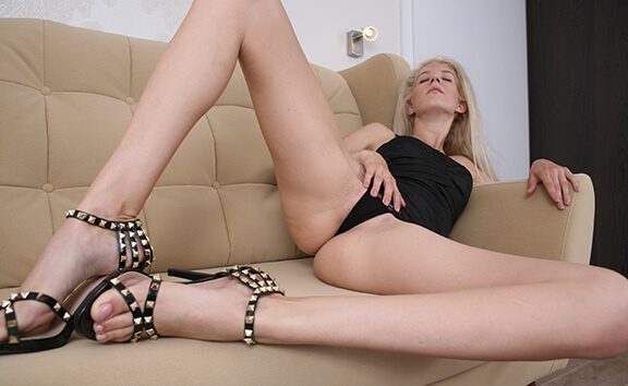 Leggy Blonde Fingers - High Heels and Pussy Fingering Monique Woods